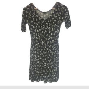 Forever 21 daisy dress half sleeve fitted medium